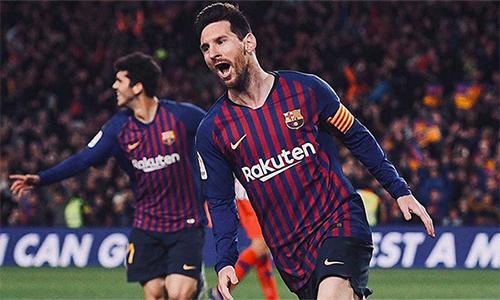 Ở tuổi 31, Messi vẫn miệt mài xác lập và sưu tập các kỷ lục cùng Barca.