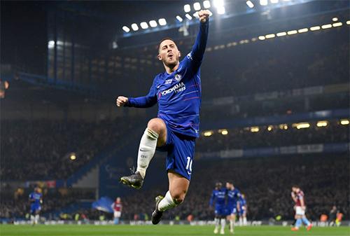 Chelsea đang bay cao trở lại nhờ phong độ chói sáng của Hazard.