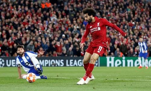 Salah có cơ hội ghi bàn trong hiệp một nhưng bỏ lỡ. Ảnh: Reuters.