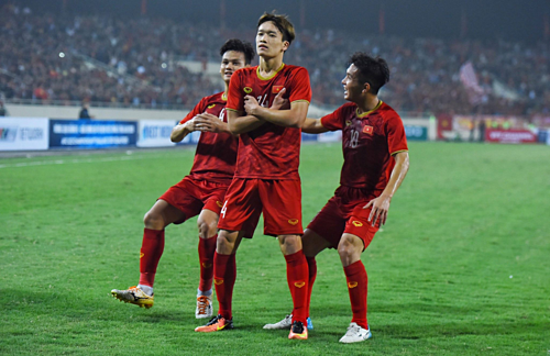 Việt Nam có thắng lợi đậm nhất trước Thái Lan ở vòng loại U23 châu Á 2020. Ảnh: Giang Huy.