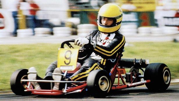 Ayrton Senna trong một cuộc đua xe kart năm 1981.