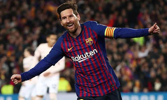 Messi lập cú đúp giúp Barca loại Man Utd
