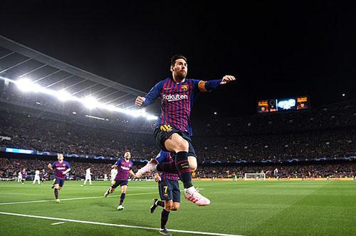 Messi có một tối thi đấu thăng hoa. Ảnh: Reuters.