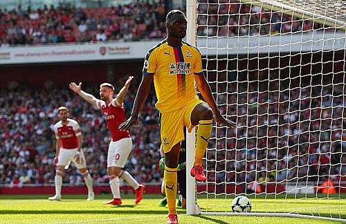 Arsenal lỡ cơ hội vào top 3 - 2