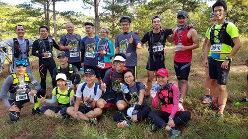 SRC từng dự nhiều giải ở xa TP HMC, nhưng VnExpress Marathon ở Quy Nhơn là giải chạy xa nhất các thành viên của nhóm cùng nhau đi dự.