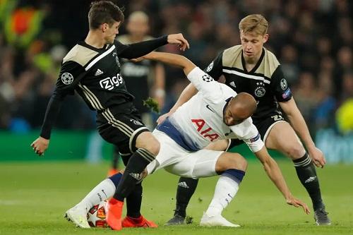 Tottenham không có đủ những phương án tấn công cần thiết để bẻ gãy hàng thủ Ajax. Ảnh: Guardian.