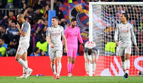 Nỗi thất vọng của cầu thủ Liverpool. Ảnh: Reuters.