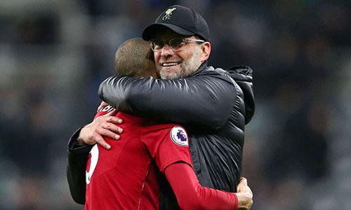 Liverpool tìm lại niềm vui chiến thắng sau trận thua Barca 0-3 ở Champions League. Ảnh: PA.