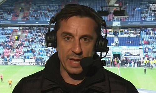 Gary Neville: ''Tôi thích xem Huddersfield đá hơn Man Utd''