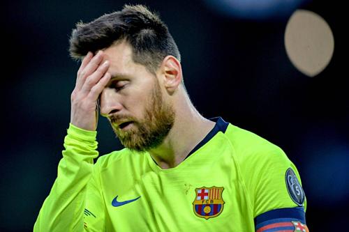 Messi và đồng đội chơi dưới phong độ ở trận lượt về, khiến họ không thể vào chung kết mùa thứ tư liên tiếp. Ảnh: EPA.