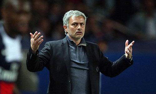 Mourinho cho rằng Ajax đã quá ngây thơ. Ảnh: Reuters.