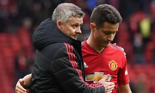 Herrera cho rằng Solskjaer là người thích hợp với Man Utd lúc này. Ảnh: Reuters.