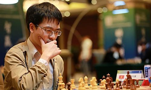 Quang Liêm đang bất bại ở Đại hội, thắng hai, hoà sáu ván.
