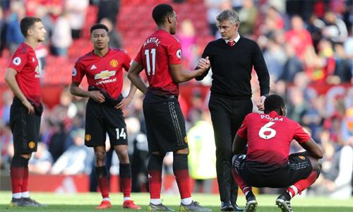 Man Utd khép lại mùa giải không như ý, nhưng Van Persie cho rằng Solskjaer không đáng bị chỉ trích hay nghi ngờ.