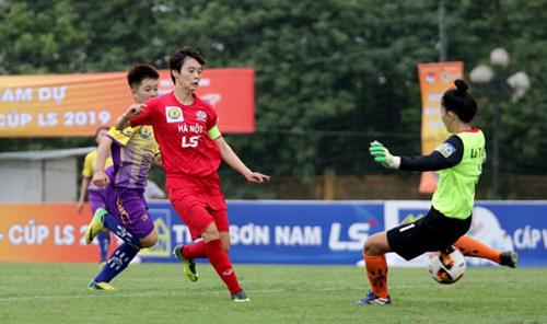 Phạm Hải Yến chỉ mất 19 phút để ghi bốn bàn.