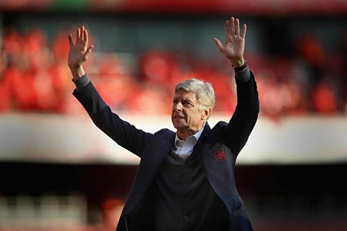 Wenger trong ngày chia tay Arsenal. Ảnh:Reuters.