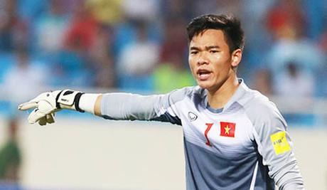 Nguyên Mạnh trở lại đội tuyển quốc gia sau gần ba năm vắng bóng.