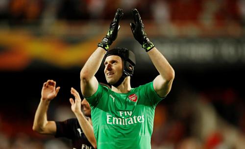 Cech không chịu nhiều áp lực ở Arsenal, nếu so với thời gian ở Chelsea. Ảnh: Reuters.