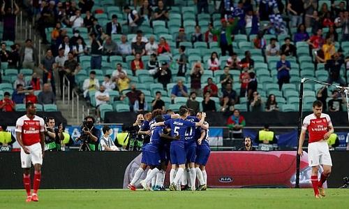 Sân vận động Olympic tại Baku vắng khán giả ở trận chung kết Europa League. Ảnh: Reuters.