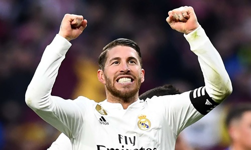 Ramos là cầu thủ giàu thành tích nhất bậc nhất lịch sử Real. Ảnh: Reuters.