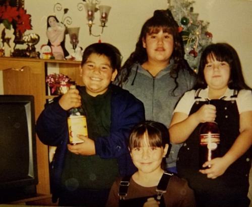 Ruiz (ngoài cùng, trái) luôn gặp vấn đề cân nặng từ khi còn nhỏ.