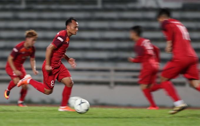Việt Nam tập buổi cuối trước khi đối đầu Thái Lan