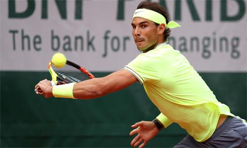Nadal thắng 45,5% điểm đỡ bóng khi đối đầu Nishikori trên sân đất nện. Ảnh: Tennis.com.