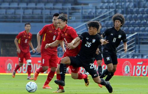 Tái ngộ Việt Nam tại Kings Cup 2019, tuyển Việt Nam sẽ ra sân với trang phục đỏ.