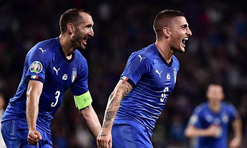 Verratti giúp Italy giành ba điểm, qua đó bảo vệ vị trí nhất bảng ở vòng loại Euro 2020. Ảnh: EPA.