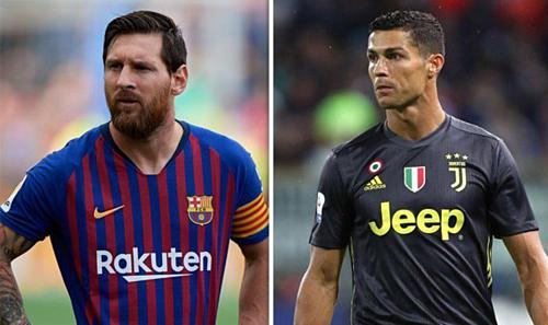 Tuổi tác ảnh hưởng tới giá trị của Messi và Ronaldo dù hai cầu thủ này vẫn thi đấu ở đẳng cấp cao nhất. Ảnh:AFP.