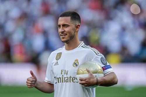 Hazard được định giá 135,8 triệu nhưng Real có thể phải chi hết 190 triệu USD cho hợp đồng với Chelsea. Ảnh: AFP.