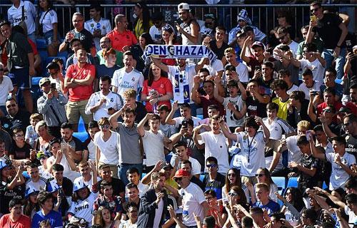 CĐV Real đòi mua Mbappe trong lễ ra mắt của Hazard - ảnh 2