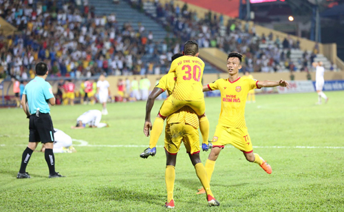 Đánh bại Đà Nẵng, Nam Định có chiến thắng thứ tư từ đầu giải.