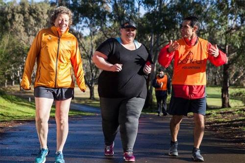 Bà mẹ nặng gần 200kg quyết tâm chinh phục marathon - ảnh 1