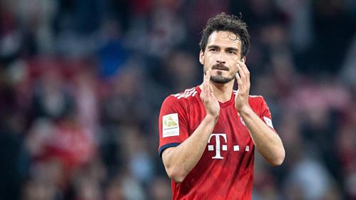 Hummels trưởng thành từ lò Bayern, gia nhập Dortmund, quay lại Bayern và chuẩn bị một lần nữa khoác áo Dortmund. Ảnh:AFP.