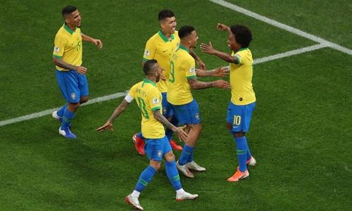 Brazil sẽ gặp một trong các đội thứ ba có thành tích tốt ở tứ kết. Ảnh: AFP.
