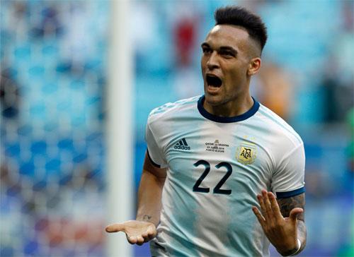 Qatar sớm dâng món quà cho Argentina khởi đầu thuận lợi. Ảnh: Reuters