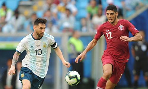 Đội tuyển của Messi tránh được nguy cơ bị loại ngay vòng bảng. Ảnh: Ole.