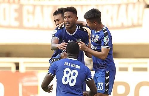 Bàn thắng củaWander Luiz trên sân khách giúp Bình Dương đoạt vé dự trận chung kết với Hà Nội. Ảnh: AFC.