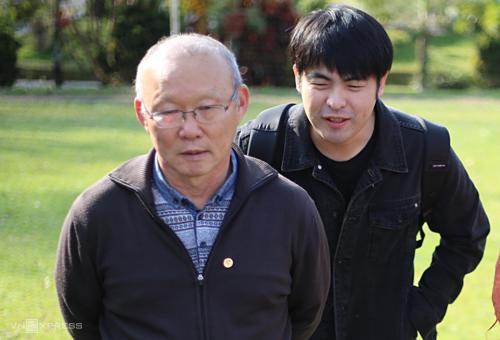 Lee Dong-jun chính là người gửi đơn xin việc của HLV Park Hang-seo đến VFFhồi cuối năm 2017. Ảnh: Đức Đồng.