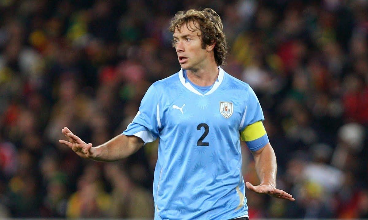 Lugano: ''Có người không muốn Uruguay đi tiếp''