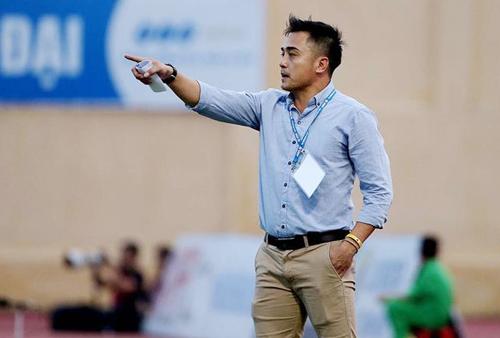 HLV Nguyễn Đức Thắng chia tay Thanh Hoá khi khổng thể quyết định chuyện nhân sự đội.