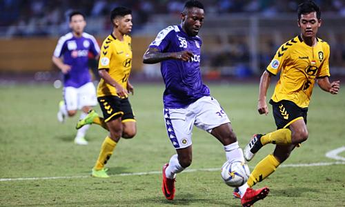 Hà Nội (áo xanh) hoặc Bình Dương sẽ đại diện Đông Nam Á đấu nhà vô địch Trung Á ở AFC Cup 2019.