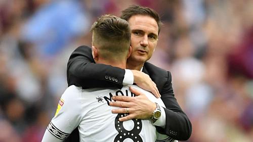 Lampard ưa thích các cầu thủ trẻ khi dẫn dắt Derby. Ảnh:EPA.