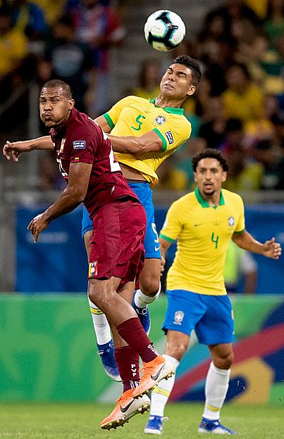 Brazil hai lần bị hủy bàn thắng vì VAR - ảnh 3