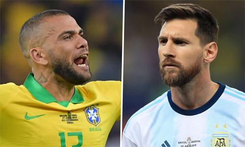 Dani Alves giáo huấn Messi - ảnh 1