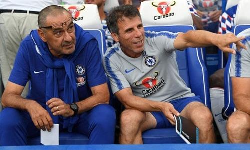 Zola tin rằng Sarri sẽ mang lại thành công cho Chelsea nếu ở lại. Ảnh: Reuters.