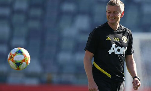 Solskjaer chuẩn bị có một mùa giải đầy đủ đầu tiên với Man Utd. Ảnh: Reuters
