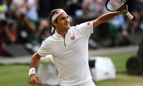 Federer cho rằng anh đang rất tự tin trước trận chung kết với Djokovic. Ảnh: AFP.