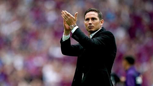 Lampard dẫn dắt Chelsea là cuộc hội ngộ nhiều người mong chờ. Ảnh: AFP.